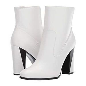 NWOT Calvin Klein White Leather Canela Boots